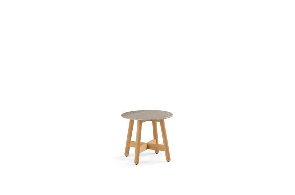 DEDON-Mbrace-Side_table_medium_taupe.jpg